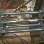 Collegamento tra motore e punta. La punta ha attacco esagonale, quindi il collegamento è realizzato con un tronchetto metallico tra due boccole esagonali