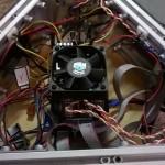 Il cablaggio definitivo compreso di schermo LCD